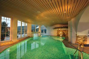 piscina-albergo-cavallino-bianco